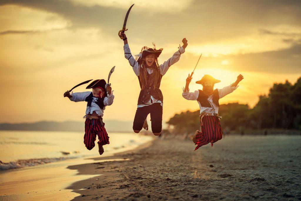 Piratenverkleidung zum Kolumbus-Festival auf Madeira